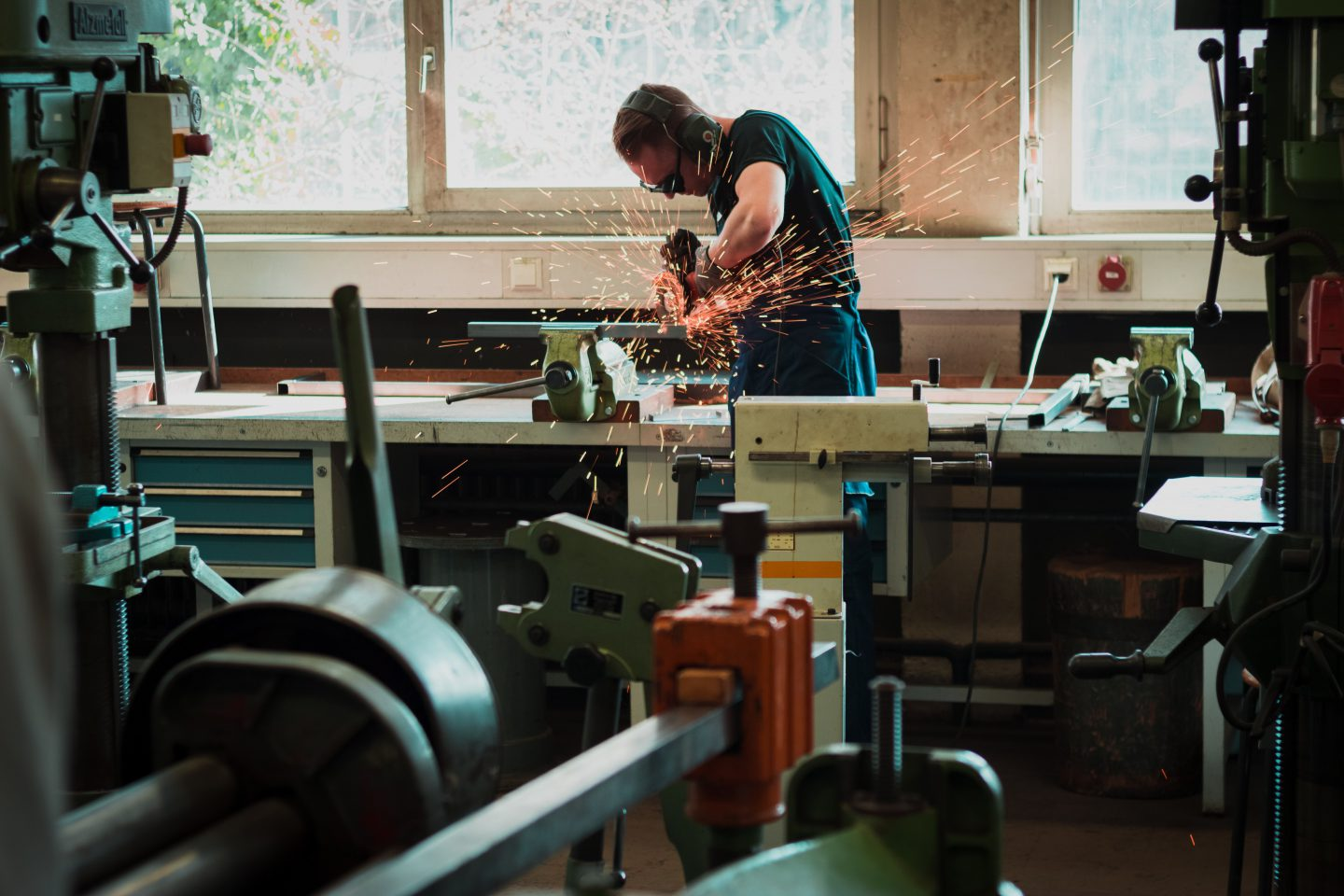 Design global, manufacture local: a new industrial revolution?