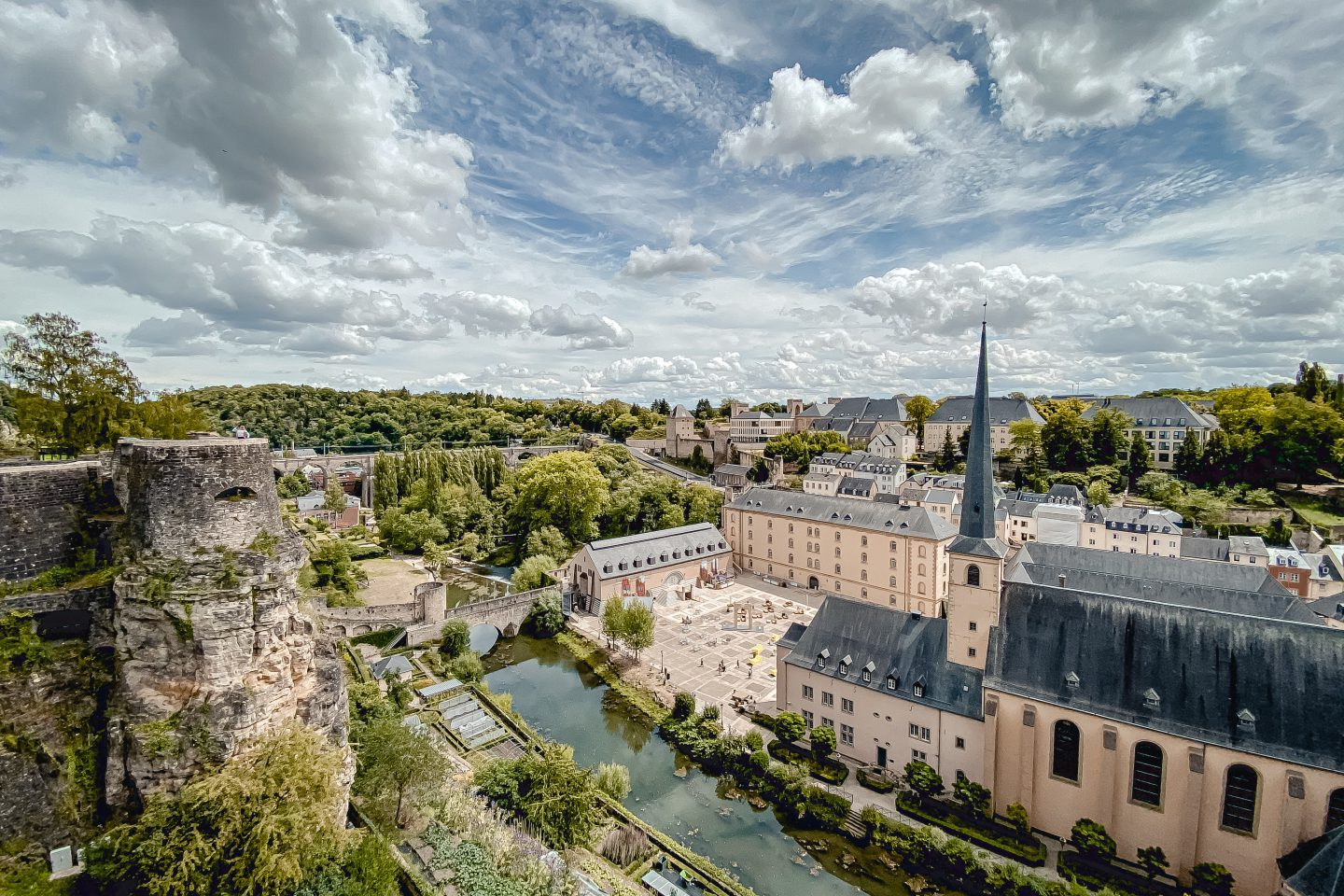 First country in the world: Luxembourg makes public transport free