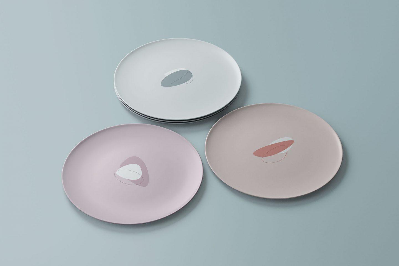 Round dishes mockup